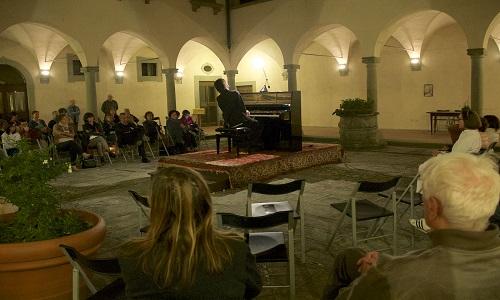 10-concerto-pianistico-nel-chiostro
